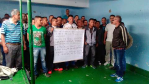 EN RIESGO LA VIDA DEL PRISIONERO POLITICO DE LAS FARC-EP ARNOLDO PERDOMO